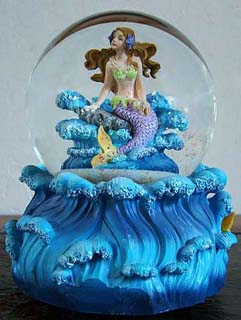 Mermaid Musical Water Globe
